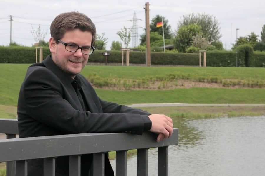 Julian Post ist aus Essen Altendorf.